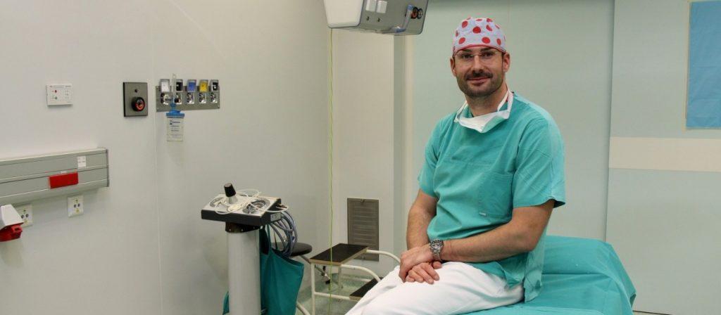 """Dr. Matija Miletić: """"U plastičnoj kirurgiji je potrebno dobro oko"""""""