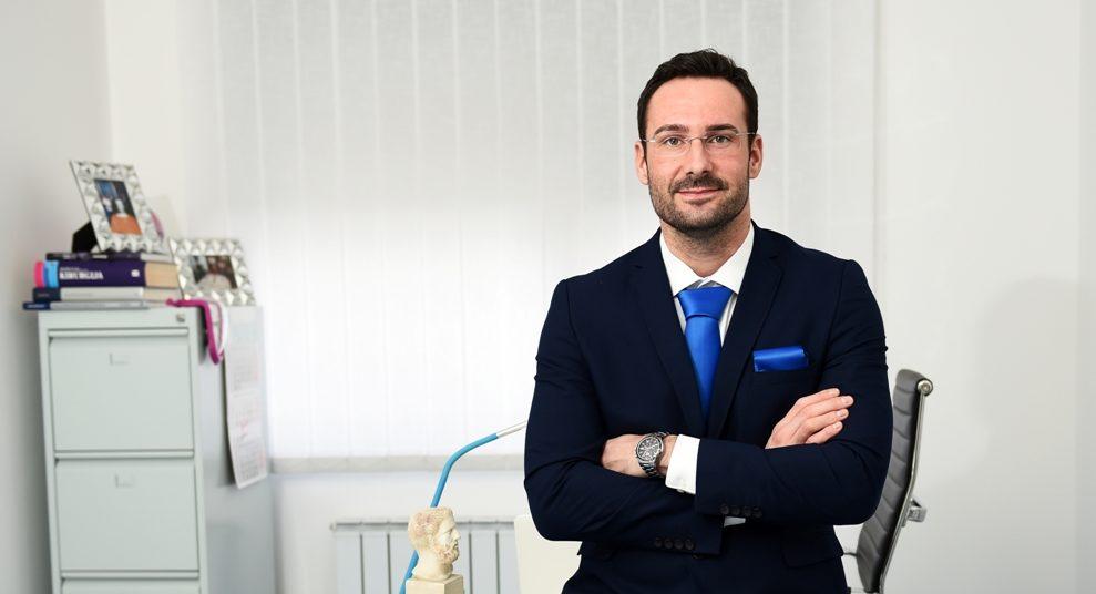 DR. MILETIĆ ZA BUBBLE – Treba li mladim ženama botox i kad ga je najbolje početi koristiti?