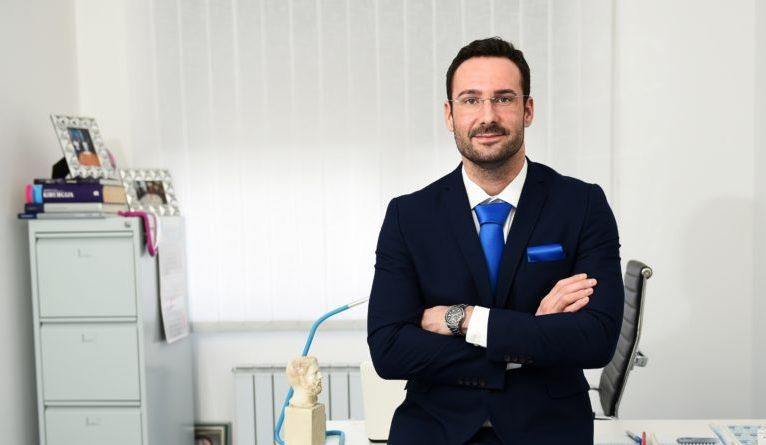 DR. MATIJA MILETIĆ: KOREKCIJA KAPAKA PRED VAŠIM OČIMA